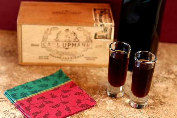 coffee-liqueur-cigar-box