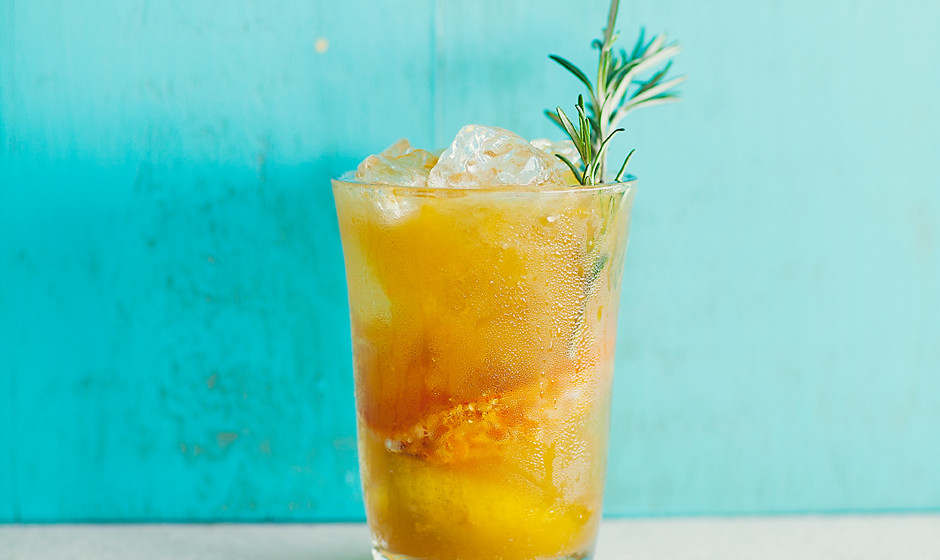 rosemary-tangerine-cooler-recipe-940x560
