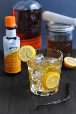 Meyer-Lemon-Vanilla-Bean-Bourbon-Smash1
