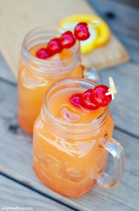 Coconut-Rum-Punch-2