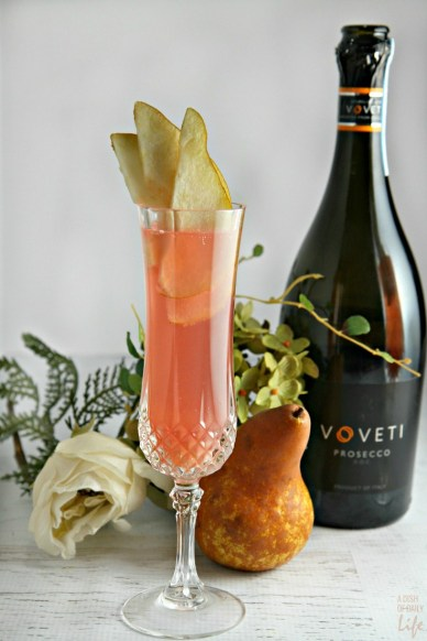 Cranberry-Pear-Prosecco-Cocktail...perfect-for-spring-entertaining