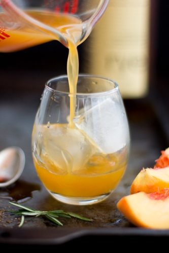 rosemary-peach-maple-leaf-cocktail-261