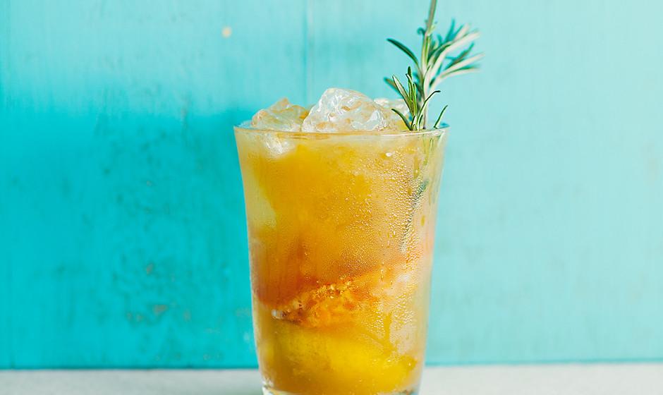 rosemary-tangerine-cooler-recipe-940x560