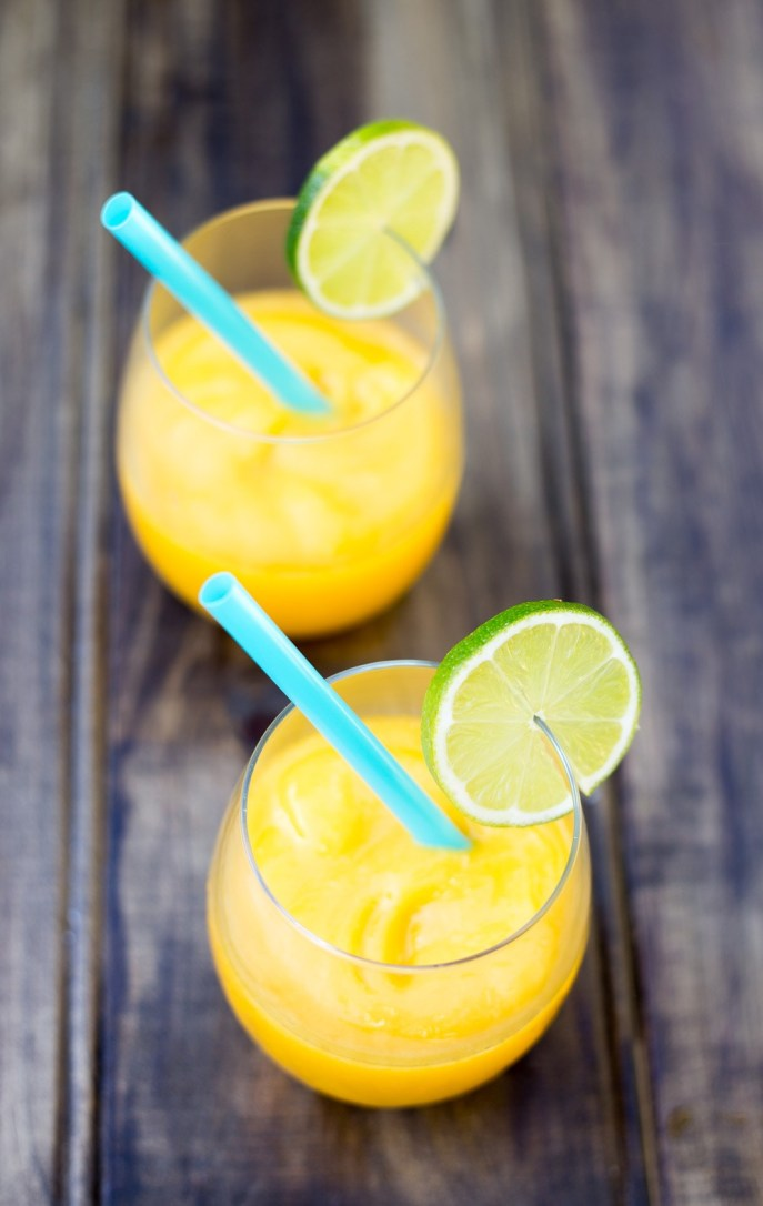 Vodka-and-Mango-Frozen-Cocktails3