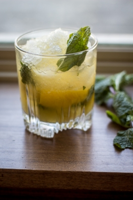 whiskey-smash-cocktail-recipe-6