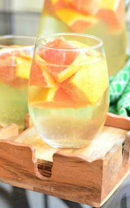 Fresh-Grapefruit-Sangria-4-Refreshing-cocktail-just-perfect-for-warm-weather.-from-willcookforsmiles.com_