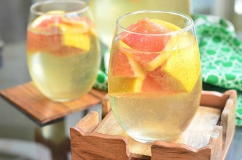 Fresh-Grapefruit-Sangria-5-Refreshing-cocktail-just-perfect-for-warm-weather.-from-willcookforsmiles.com_